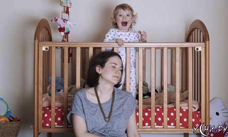 Укладывать спать ребенка