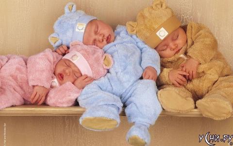 Спящие дети так трогательны