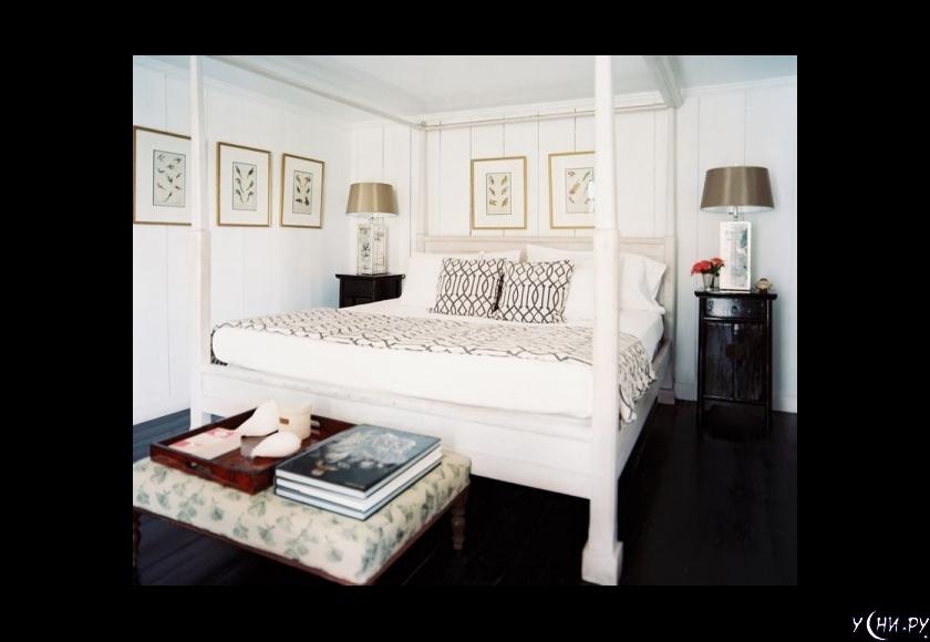 Кто сказал, что кровать в маленькой спальне должна быть миниатюрной?
